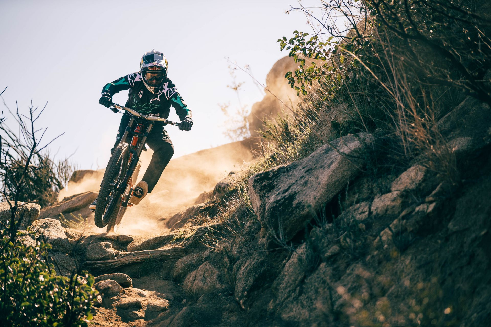 Aaron Gwin joins the YT Mob